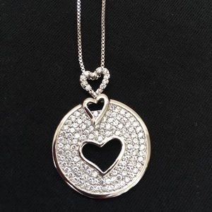 Jewelry - Heart shaped necklace